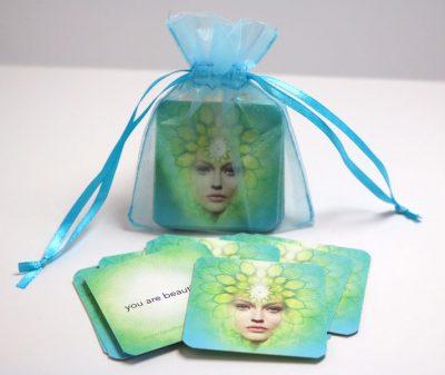 mini-cards-green